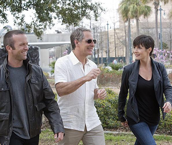 ТВ серија: Нејви Њу Орлеанс (NCIS: New Orleans)
