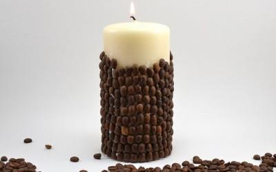 Направете сами: Миризлива свеќа од ванила со зрна од кафе
