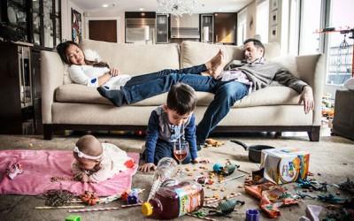 Фотографка ја доловува реалноста на родителството