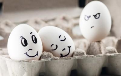 Како да престанете да им љубоморите на другите?