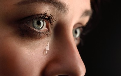 Поучна приказна: Зошто жените плачат?