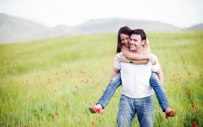 10 работи кои вистинскиот маж ги прави кога е во врска