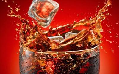 Исчистете го домот со газирани пијалаци на десет едноставни начини