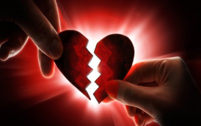 Тест: Како ги преживувате љубовните неуспеси?