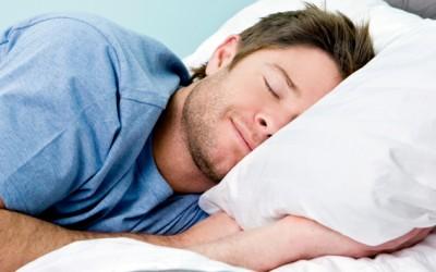 Откријте каква перница ви е потребна според положбата во која што спиете