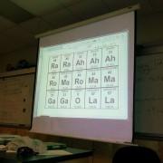 Професор по хемија со музичка смисла за хумор