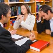 3. Во канцеларијата на вашиот иден адвокат за развод.