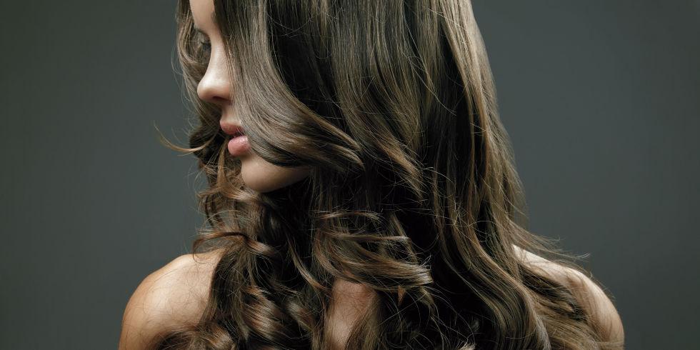 Проблеми кои само девојките со долга коса можат да ги разберат
