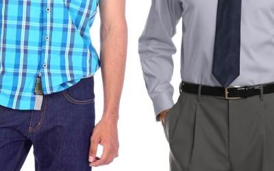 Кога и како се става кошулата во панталоните?