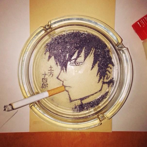 (1) Цигарите можеби убиваат, но овој артист прави убиствена уметност со нивната пепел