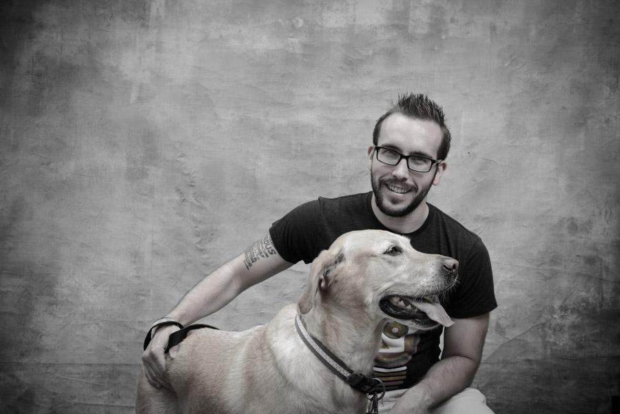 10 причини зошто треба да го одберете мажот кој чува куче