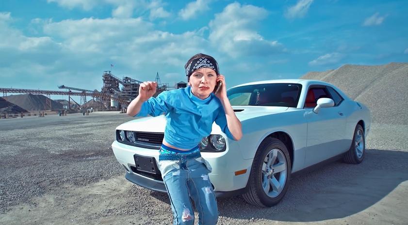 """11-годишна хип хоп сензација во ново видео на песната """"IDFWU"""" од Биг Шон"""