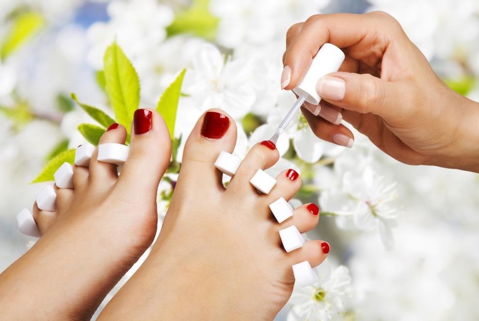 6 грешки кои сите жени ги прават кога ги лакираат ноктите на нозете