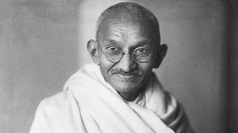 Животни совети од Махатма Ганди: Овие 7 нешта имаат моќ да ве уништат!