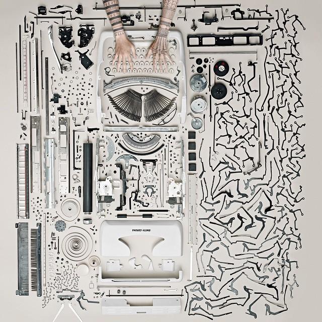 (1) Креативни портрети од рацете на еден артист додека истражува различни видови уметност