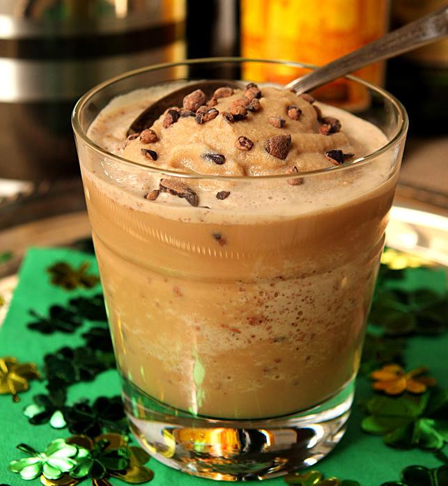 (1) Леден ирски кафе коктел