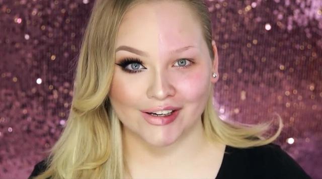 (1) Жени ширум светот протестираат против срамењето од користење шминка