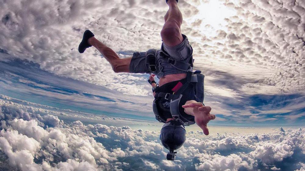 10 причини зошто треба да бидете луди за да успеете во животот, бизнисот и љубовта