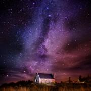 Небо и куќичка во Нов Зеланд