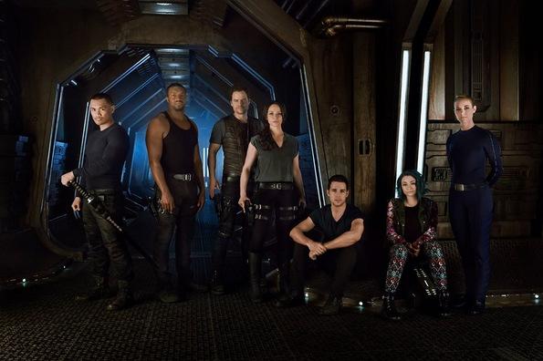 (2) ТВ серија: Темна материја (Dark Matter)