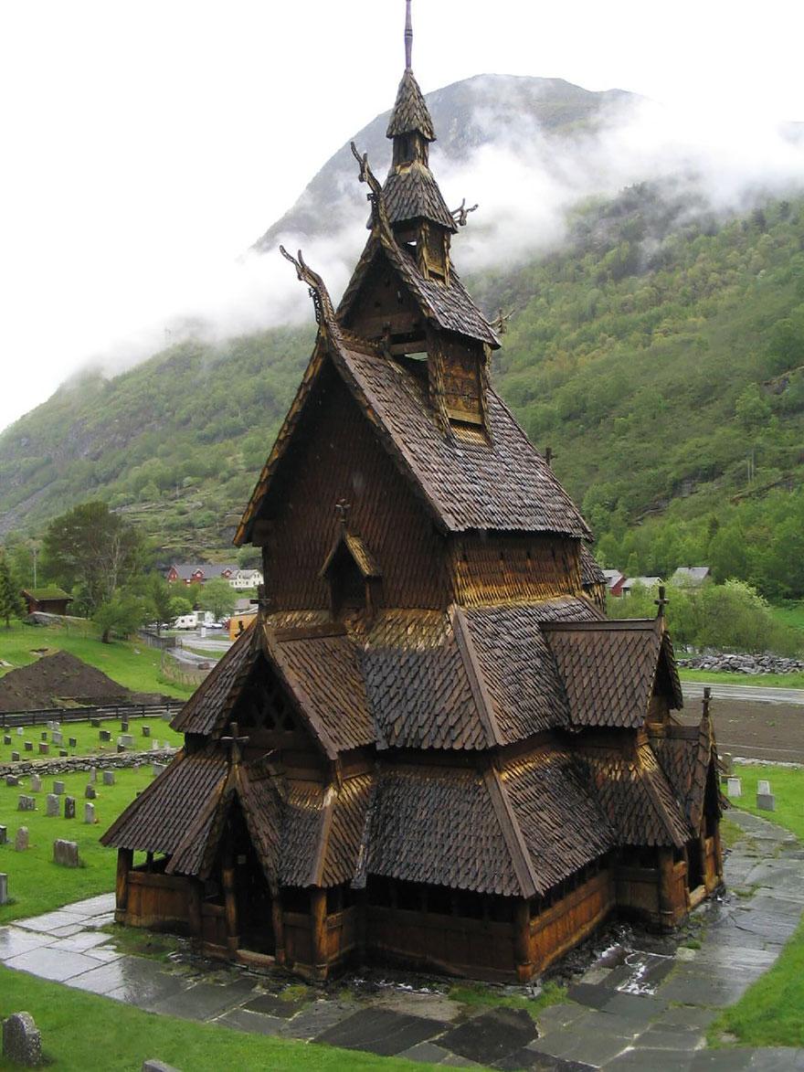 Црква во Боргунд