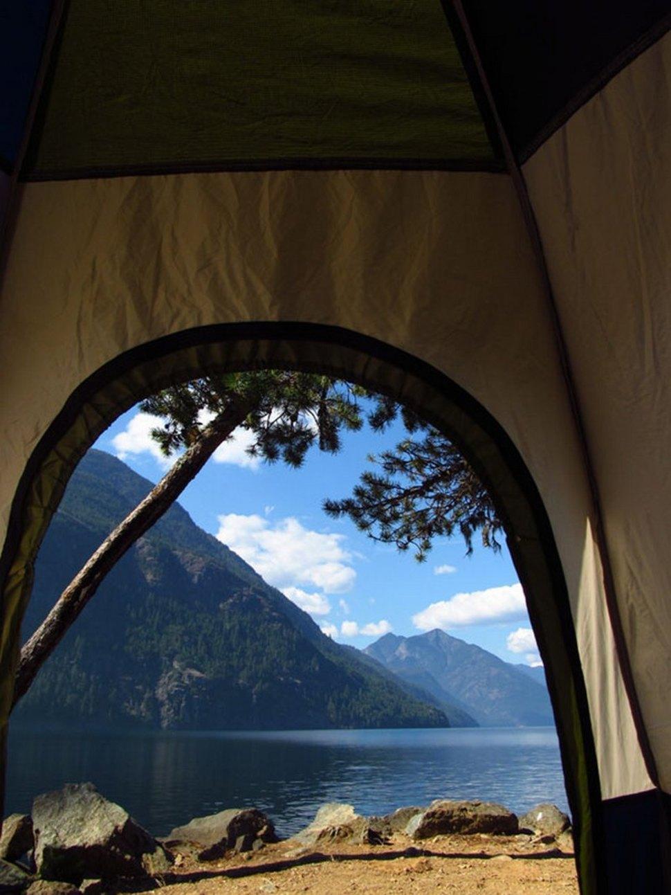 Крај Езерото Рос, Вашингтон