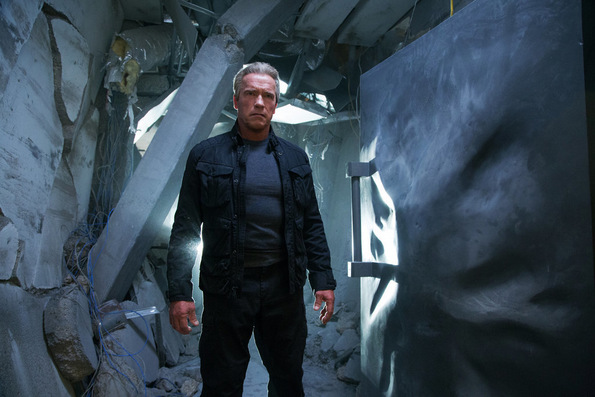 (5) Филм: Терминатор Генесис (Terminator Genisys)