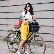 Не постои повесела боја од жолтата. Затоа е одлична за на велосипед.