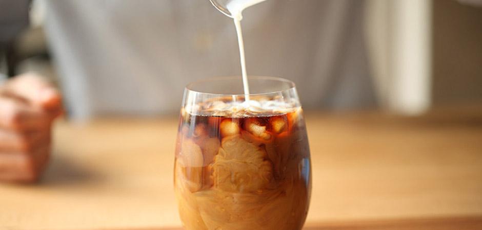 Како да направите сируп за ледено кафе?