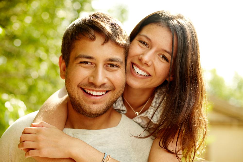 Што е разликата помеѓу зрелата и детинестата врска?