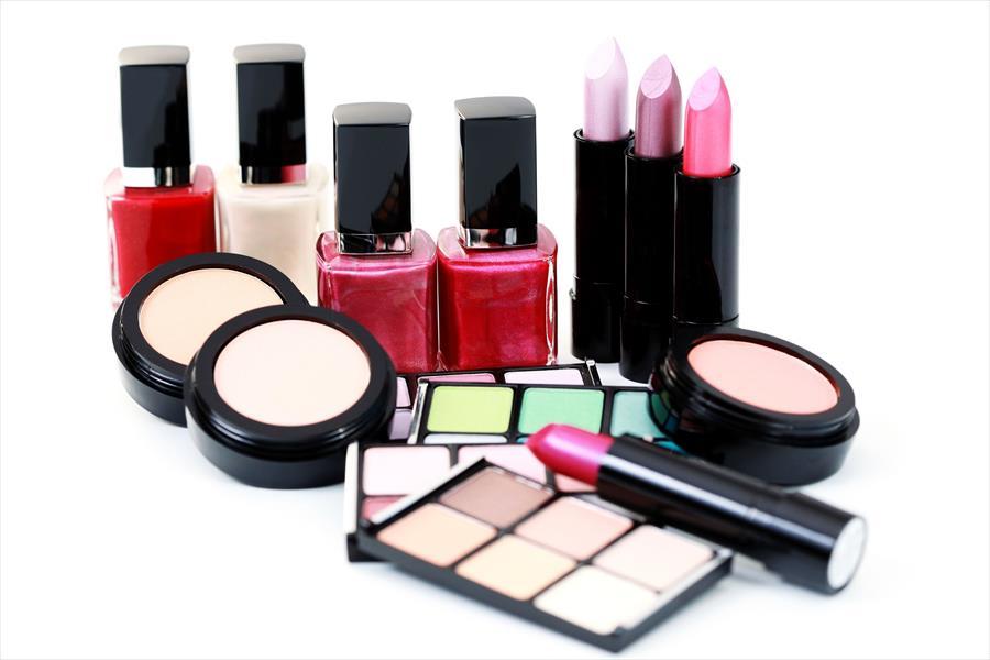Жива, олово, цијанид: Откриен е составот на копиите од познатите козметичките производи