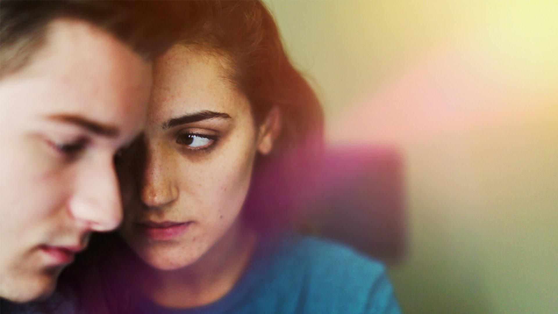 6 причини зошто сè уште сте му девојка, а не жена