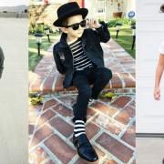 Овој 6-годишен трендсетер ќе ве научи што е стил