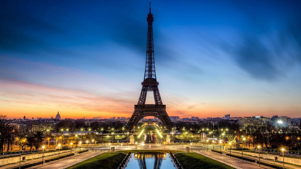 Зошто Париз е градот на љубовта? Приказните кои се кријат зад прекарите на светските метрополи