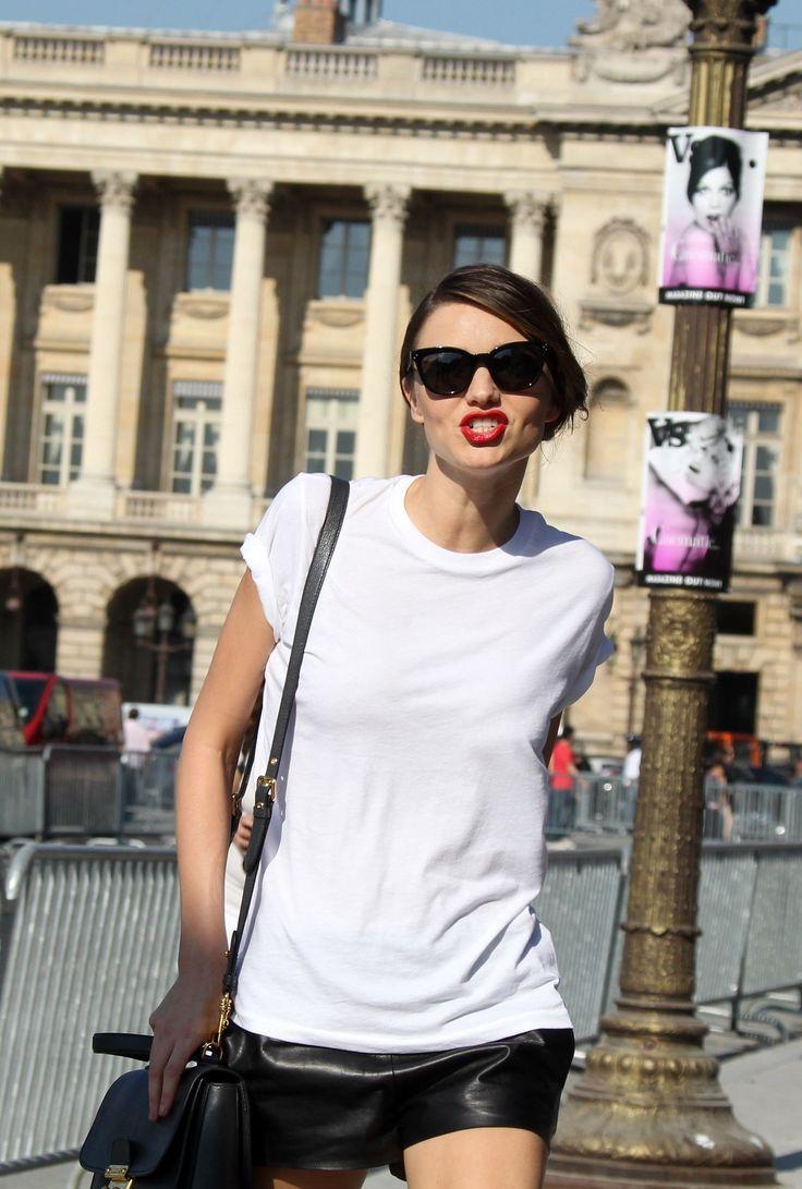 (8) 8 парчиња облека кои секој маж сака да ги види на својата девојка