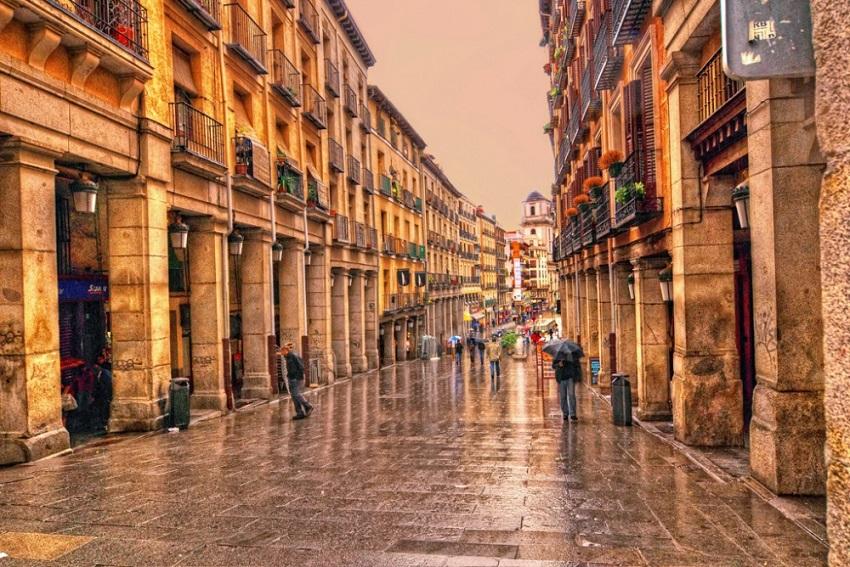 8 прекрасни градови кои почнуваат да функционираат без автомобили