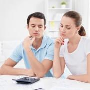 3 главни причини зошто мислите на друг маж додека сте во врска