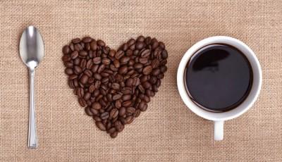 5 вкусни десерти за сите љубители на кафе