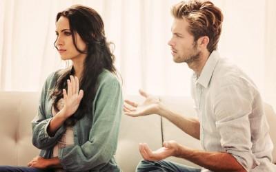Како да ги прочитате мислите на вашата девојка?