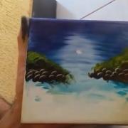 Талентиран уметник создава неверојатни цртежи користејќи ги само своите раце и една крпа