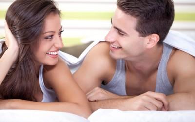 Девојките се посреќни во врската кога нивните партнери веруваат во една невистина