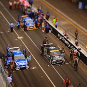Минијатуризирани снимки од трка со автомобили кои ќе ве натераат да погледнете два пати