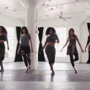 Овие дами ни покажуваат што значи да се биде мајстор во степ танцување на песните од Принц