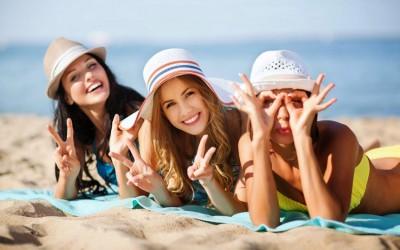 11 знаци дека вашите пријатели ви љубоморат