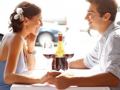 Науката открива: Која лична карактеристика ќе ви донесе повеќе љубовни состаноци?
