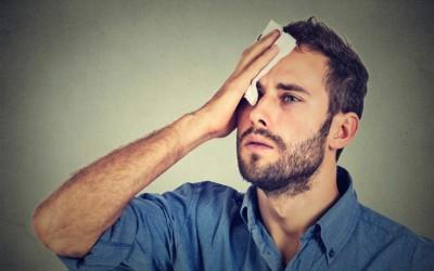 10 работи кои ќе ви помогнат да го спречите потењето во текот на денот