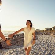 (1) 7 причини зошто летото е најдобро време за романса