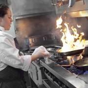 (1) 8 тајни и трикови за квалитетно помината вечер во ресторан