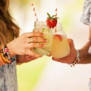 3 рецепти од страна на нутриционистите: Освежителни летни пијалаци кои мора да ги пробате!