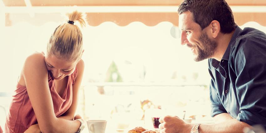 Прекинете ја непријатната тишина: 5 реченици за добар почеток на разговор